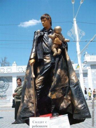 Живые скульптуры в Евпатории