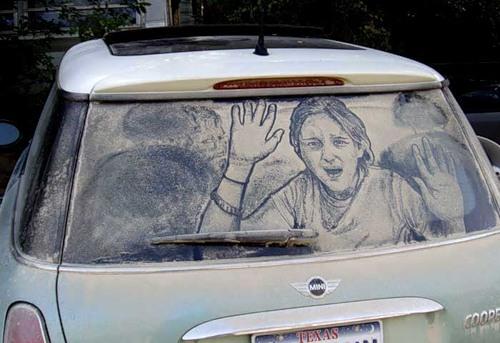 Рисунки на грязных машинах )